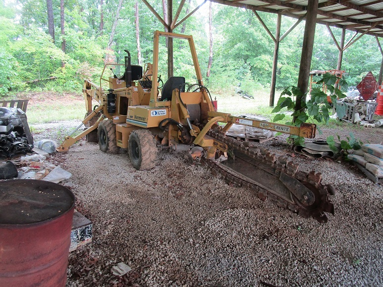 Used Trenchers for Sale, Riding Trenchers for Sale, Ditch Witch